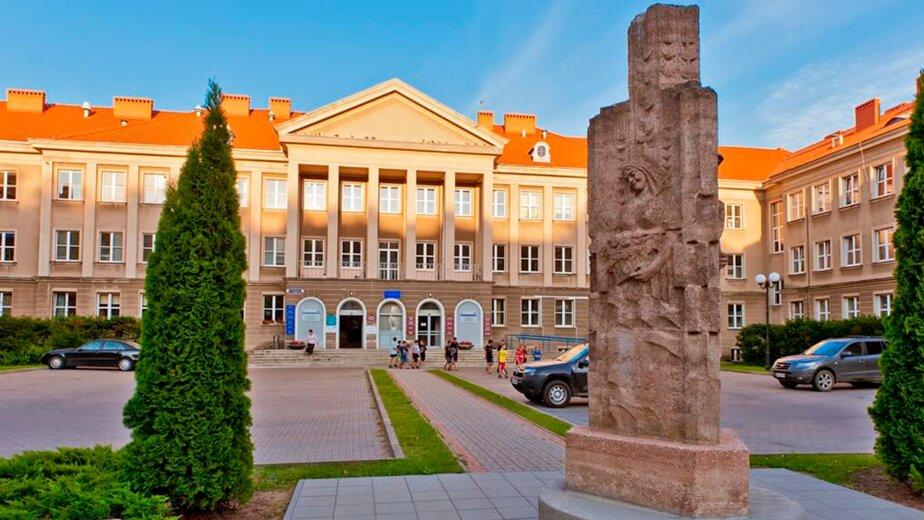 Ознакомительная поездка в вузы Варшавы для школьников, студентов и их родителей - Новости Калининграда