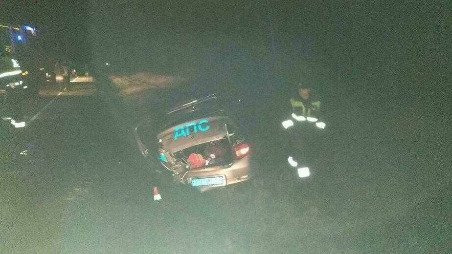 В Черняховске раненые инспекторы ДПС спасли двух человек из загоревшегося Audi  - Новости Калининграда | Фото очевидца