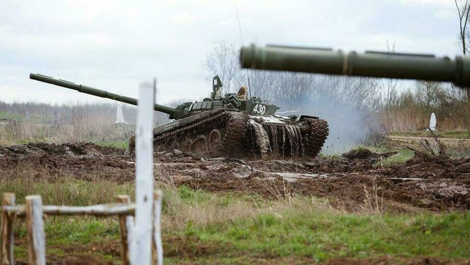 На Балтфлот поступило более 30 танков Т-72Б с лазерной системой наведения на цель - Новости Калининграда | Фото: пресс-служба Балтфлота