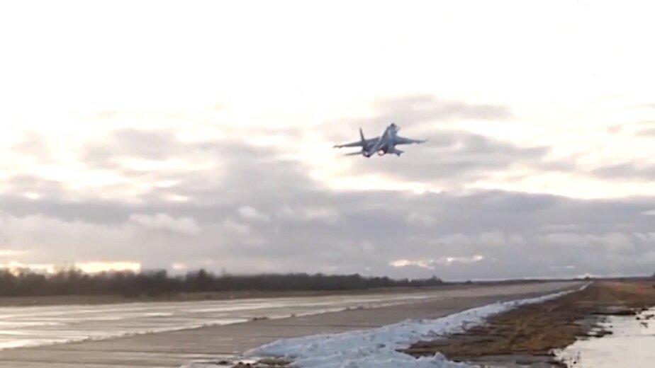 Минобороны опубликовало видео перехвата шведского самолёта-разведчика над Балтикой - Новости Калининграда | Кадр видеозаписи Минобороны РФ