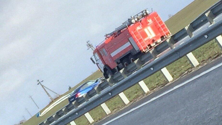 Очевидцы: в аварии под Гвардейском отбойник насквозь пробил салон авто (фото, видео) - Новости Калининграда | Фото очевидца