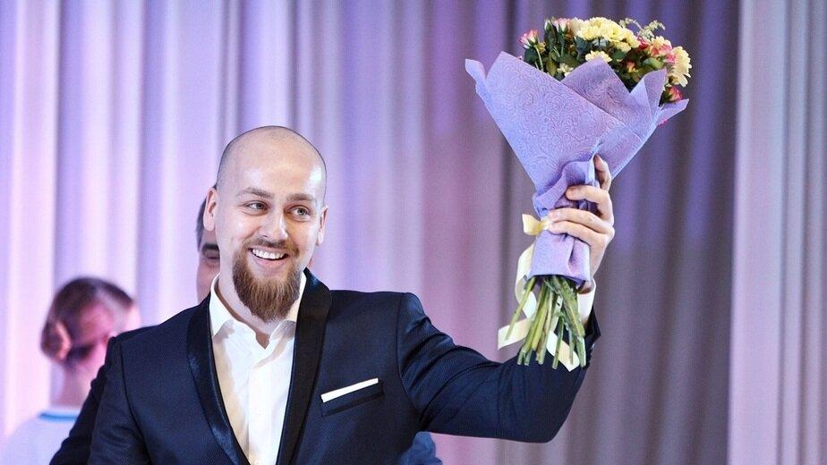 На фото:  учитель информатики СШ №38 Максим Куликовский | Фото: Александр Подгорчук / Клопс