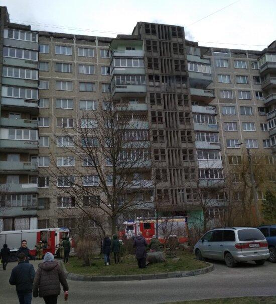 Очевидцы: на ул. Лилии Иванихиной в Калининграде загорелась квартира (фото) - Новости Калининграда | Фото: очевидец