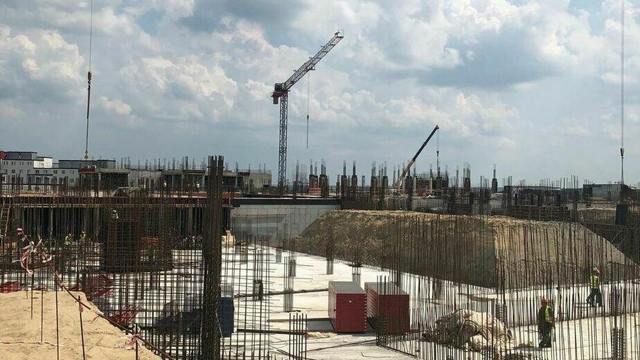 Работы идут в две-три смены: Алиханов — о строительстве онкоцентра - Новости Калининграда | Фото: страница Антона Алиханова в Instagram