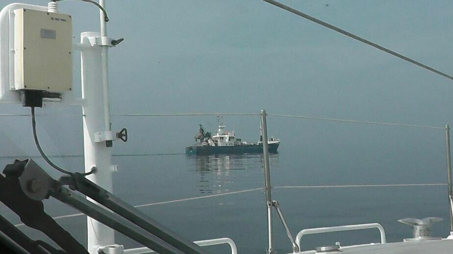 На фото: задержанное судно   Фото: пресс-служба регионального Пограничного управления ФСБ РФ