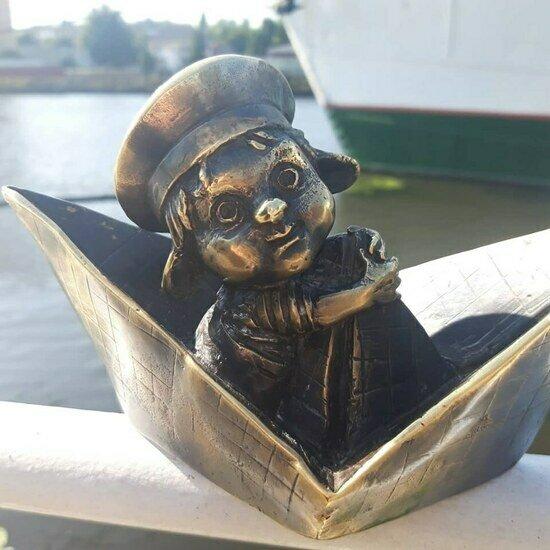 В Калининграде на территории Музея Мирового океана установили хомлина-морячка (фото)   - Новости Калининграда | Фото: Пресс-служба Музея Мирового океана