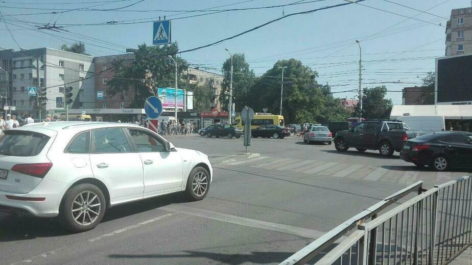 Несколько улиц в центре Калининграда остались без света из-за сбоя в сетях  (обновлено) - Новости Калининграда | Фото: очевидец