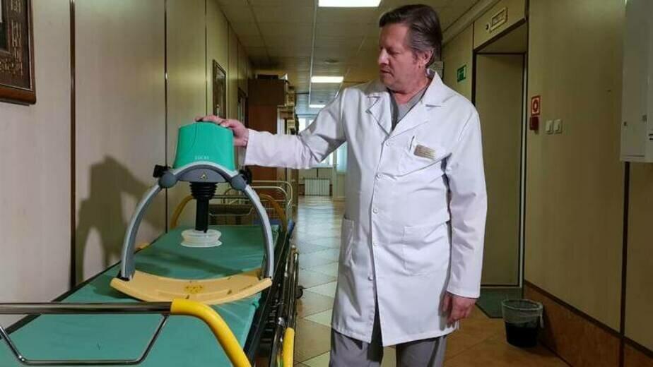 На фото: оборудование, позволяющее проводить непрерывный массаж сердца | Фото: пресс-служба правительства Сахалинской области