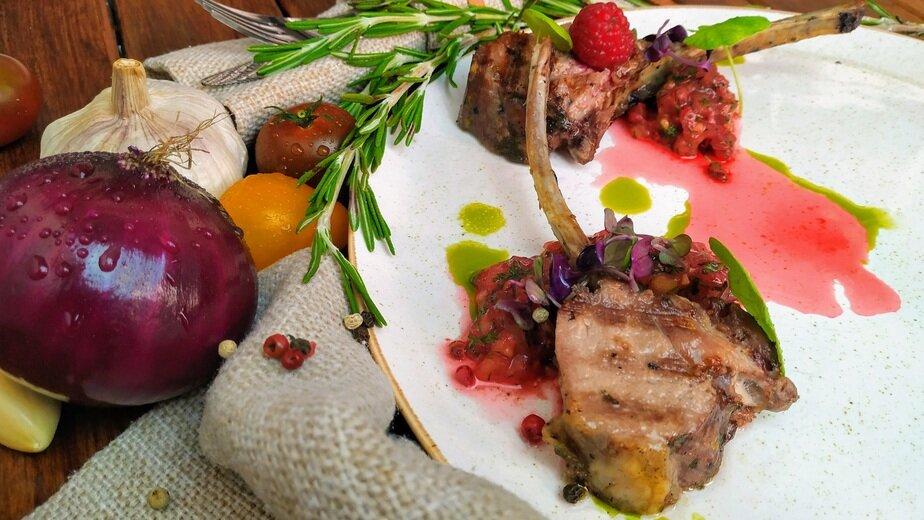 """Ресторан """"Хофбург"""" приглашает на новое специальное предложение — дегустационный сет из пяти блюд от шеф-повара - Новости Калининграда"""