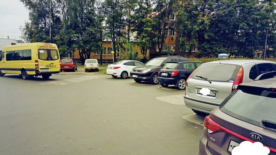 Автомобилистам запретят парковаться на разворотном кольце маршрутки №71 - Новости Калининграда | Фото: пресс-служба администрации Калининграда