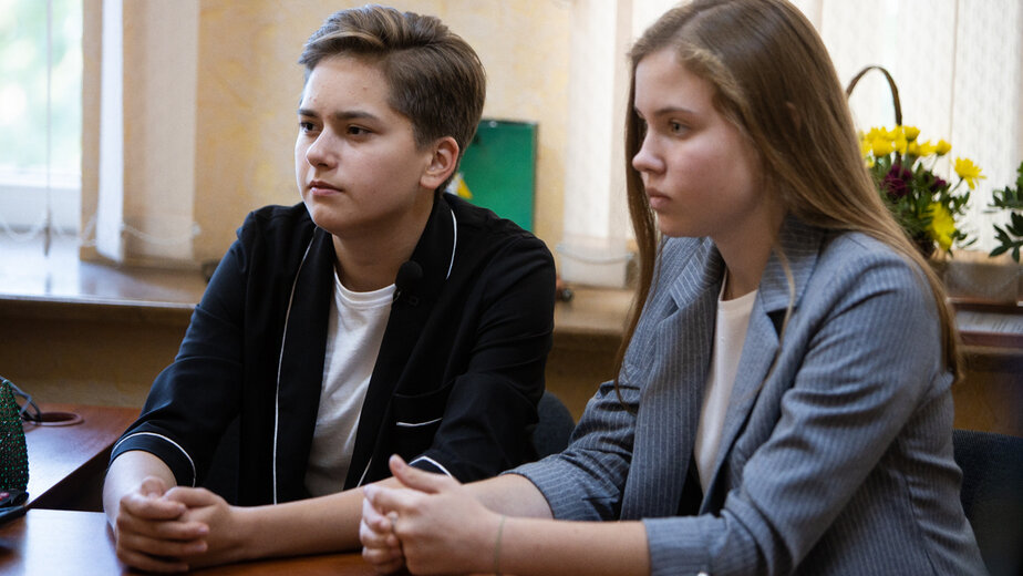 Алина Чернявская и Дарья Токарева | Фото: Александр Подгорчук / Клопс