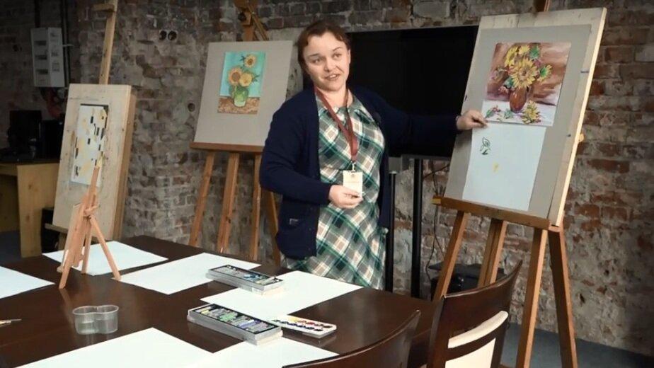 В калининградском Музее изобразительных искусств открылась арт-мастерская - Новости Калининграда | Кадр видеозаписи