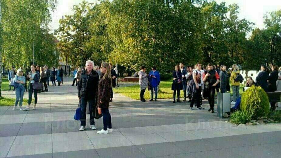 В Калининграде загорелся корпус БФУ на ул. Невского (фото) - Новости Калининграда | Фото: очевидец