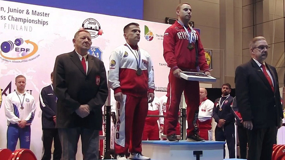 Двое калининградских спортсменов завоевали золото на чемпионате Европы по жиму штанги лёжа - Новости Калининграда | Фото: пресс-служба регионального правительства
