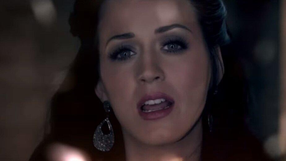 Пользователи соцсети выбрали песни, которые станут классикой через 20 лет  - Новости Калининграда | Скриншот клипа Katy Perry — Firework