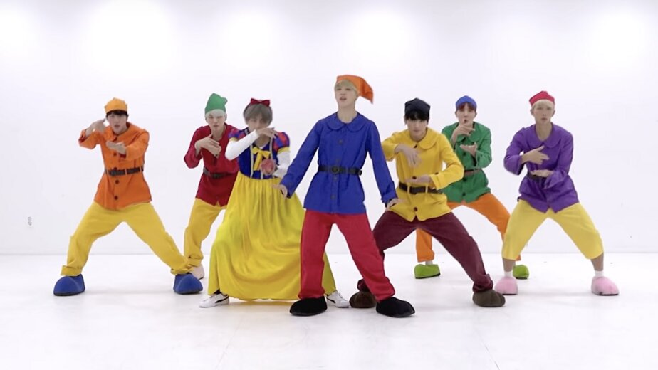 Названы самые успешные музыкальные альбомы 2019 года - Новости Калининграда   Изображение: кадр из видео Dance Practice группы BTS / YouTube