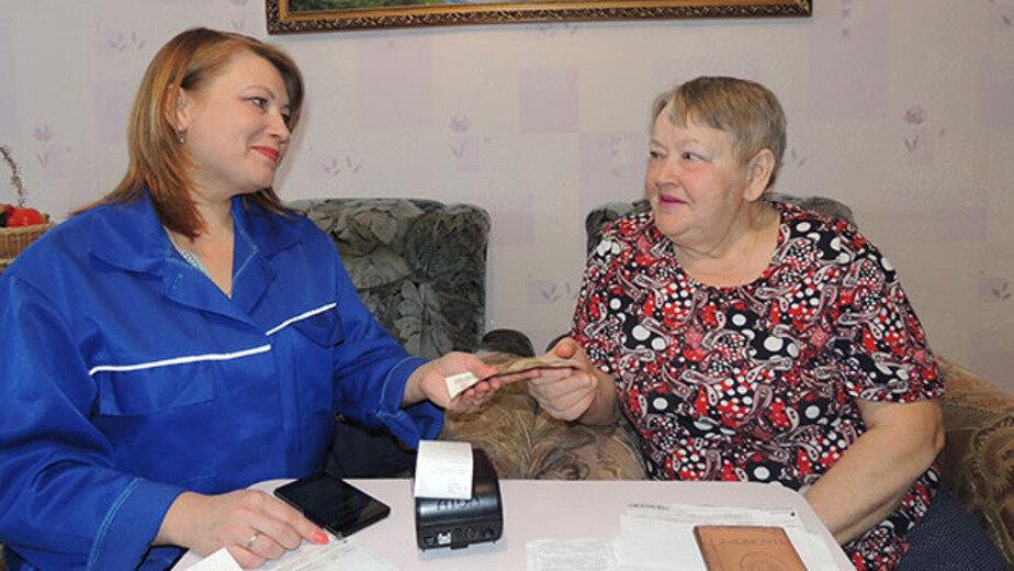 Калининградцы в 1,5 раза чаще стали оплачивать налоги и коммунальные платежи почтальонам на дому - Новости Калининграда