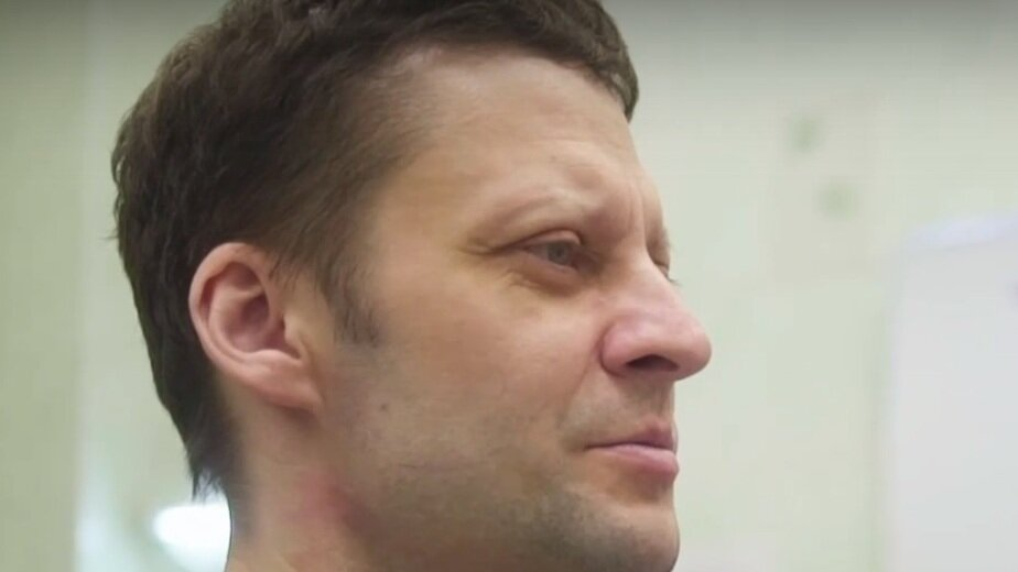 """Андрей Павленко    Кадр из видео на странице """"Жизнь человека"""" ВКонтакте"""