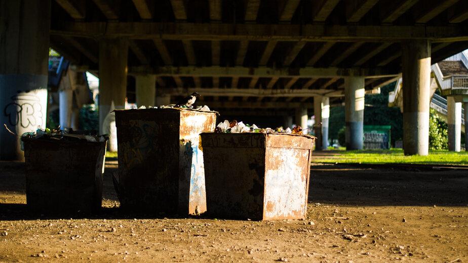 """В Калининграде приведут в порядок два десятка площадок с мусорными контейнерами (адреса) - Новости Калининграда   Архив """"Клопс"""""""