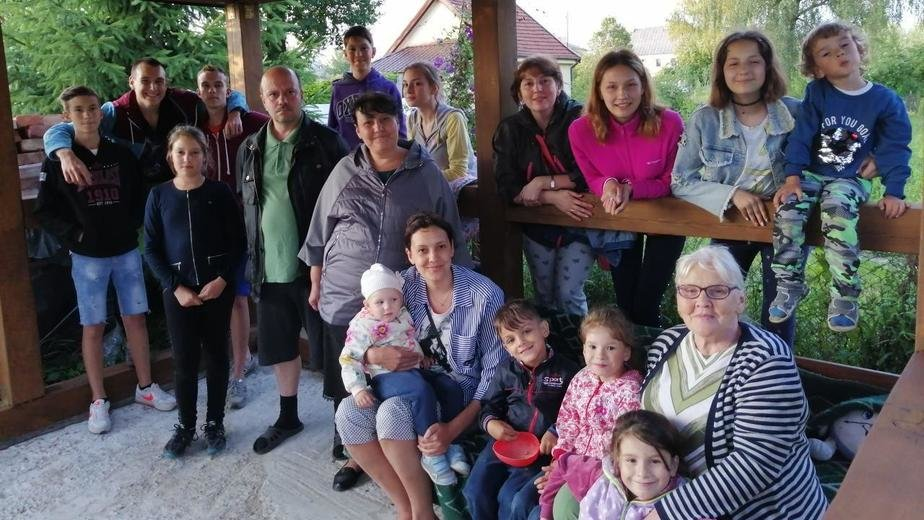 Обеды, уроки и что-то особенное для себя самой: правила жизни мамы 13 детей из Немана - Новости Калининграда | Фото: личный архив семьи