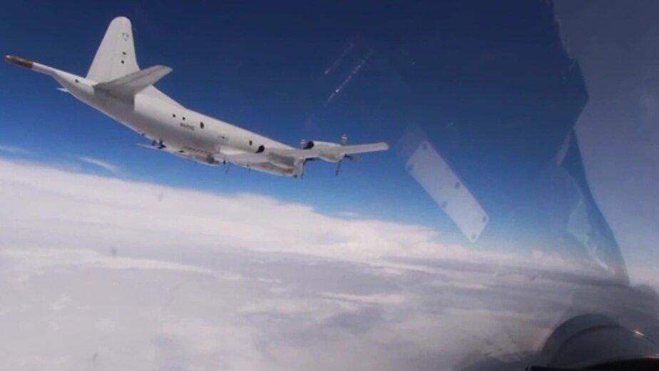 Минобороны опубликовало видео перехвата американских бомбардировщиков над Балтикой   - Новости Калининграда | Кадр видеозаписи