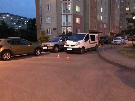 На ул. Толстикова в Калининграде машина сбила трёхлетнюю девочку - Новости Калининграда | Фото: пресс-служба регионального УМВД
