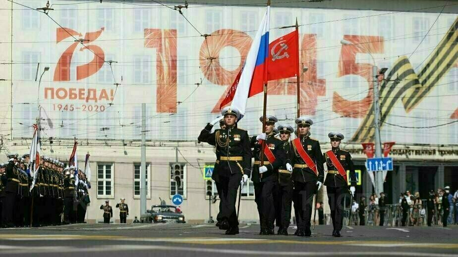 В Калининграде прошёл парад Победы: фоторепортаж - Новости Калининграда | Фото: Александр Матвеев