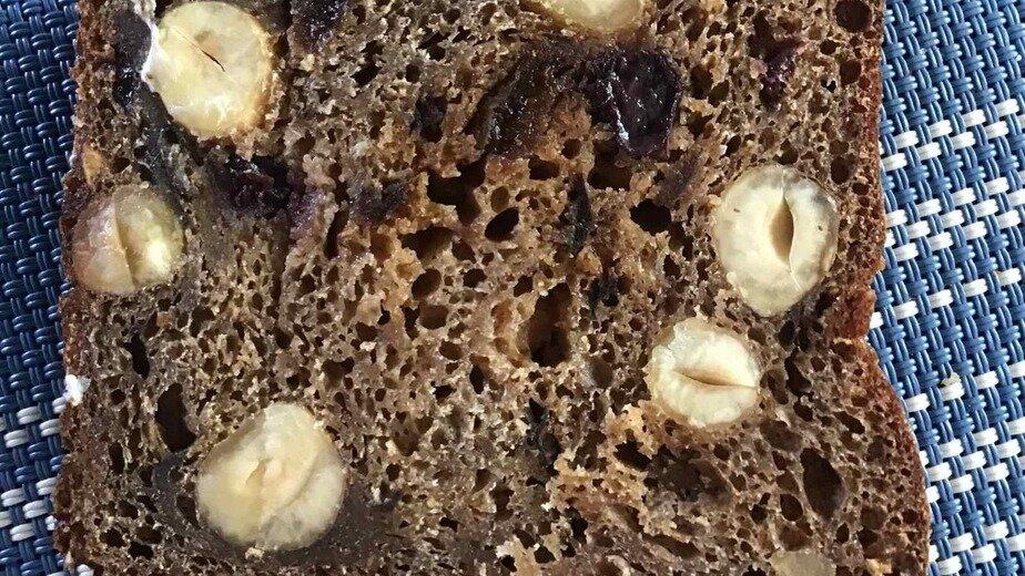 Калининградский хлеб. Помните: ни сухофрукты, ни орехи не дружат с хлебом | Фото: Андрей Шуляк