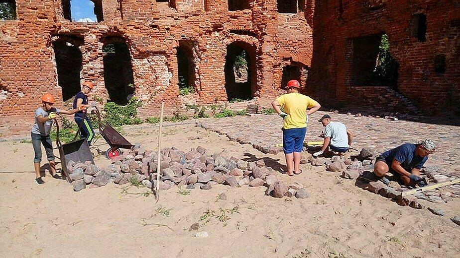 Средневековый фестиваль в замке Немана перенесли на сентябрь - Новости Калининграда | Фото: официальная страница замка / Facebook