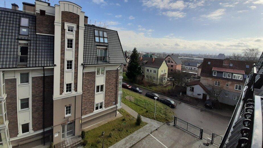 Сложный выбор: загородный таунхаус или двухуровневая квартира в городе - Новости Калининграда