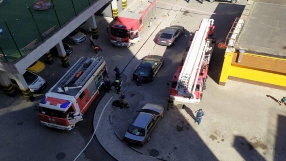Фото с места происшествия на ул. 9 Апреля в Калининграде   Фото с сайта регионального управления МЧС