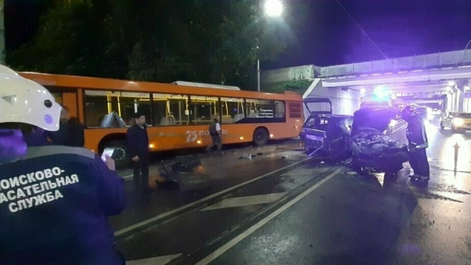 В полиции сообщили о пострадавшем в ДТП с автобусом и Audi на ул. Киевской - Новости Калининграда | Фото: пресс-служба регионального управления МЧС