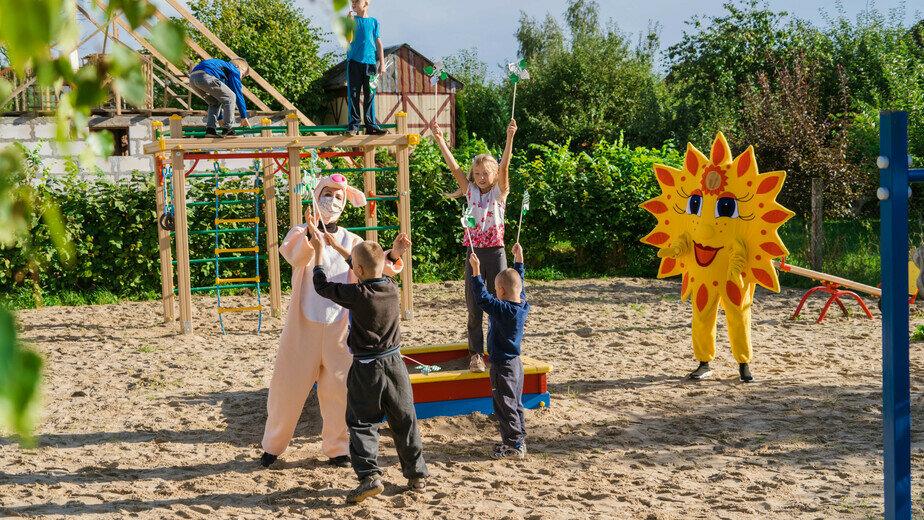 В посёлке Менделеево состоялось открытие детской площадки - Новости Калининграда