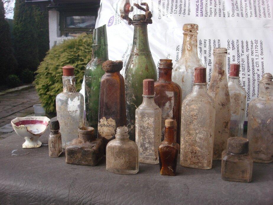 На фото: артефакты, найденные на даче   Фото: Сергей Каменев