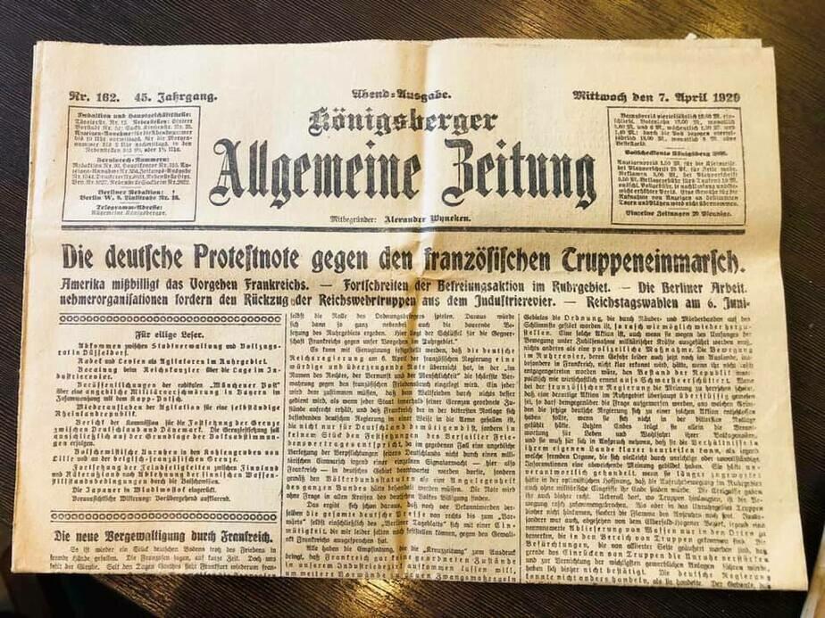 На фото: старинная немецкая газета   Фото предоставил Андрей Виноградов