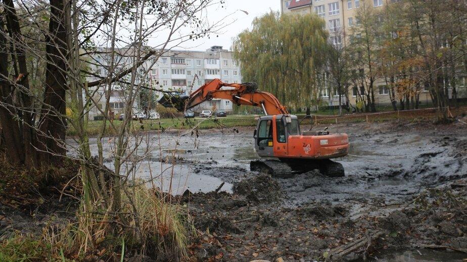 Мэрия: ила и грязи на дне водоёма в Чкаловске оказалось втрое больше, чем предполагалось - Новости Калининграда   Фото: пресс-служба администрации Калининграда
