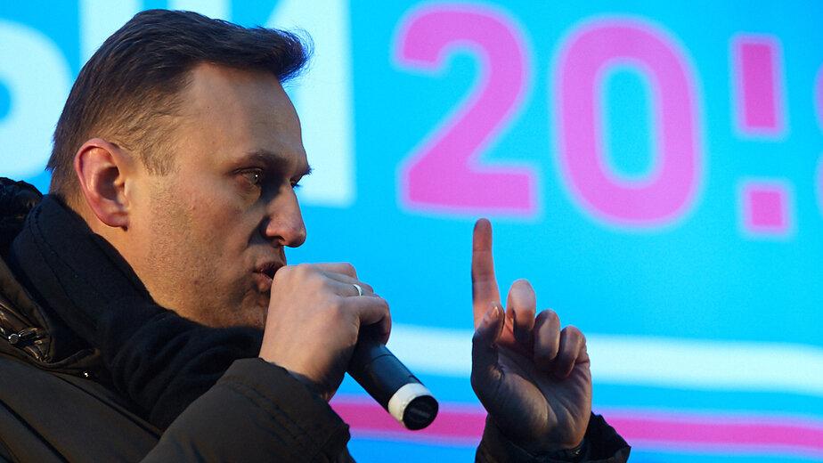 """Навальный обратился в  суд с иском о защите чести и достоинства к Пескову - Новости Калининграда   Архив """"Клопс"""""""