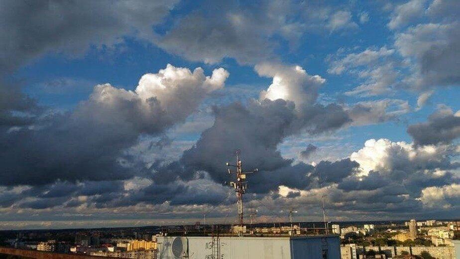Вид с крыши долгостроя | Фото: Юлия Вселенская