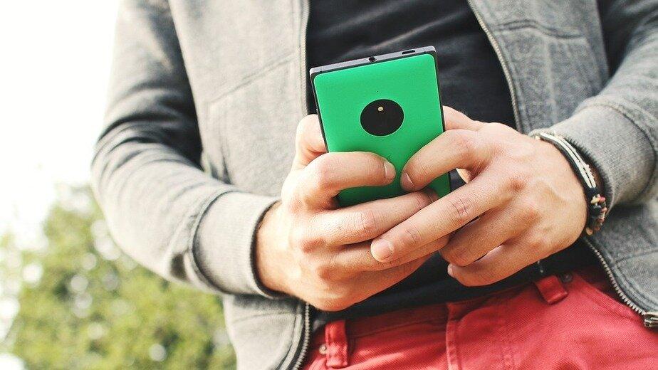 """Samsung против Xiaomi: каким гаджетам отдали предпочтение калининградцы в """"Чёрную пятницу"""" - Новости Калининграда"""