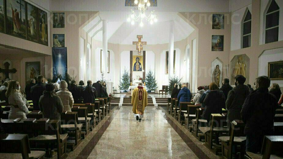 В Калининграде католики отмечают Рождество: фоторепортаж - Новости Калининграда | Фото: Александр Подгорчук