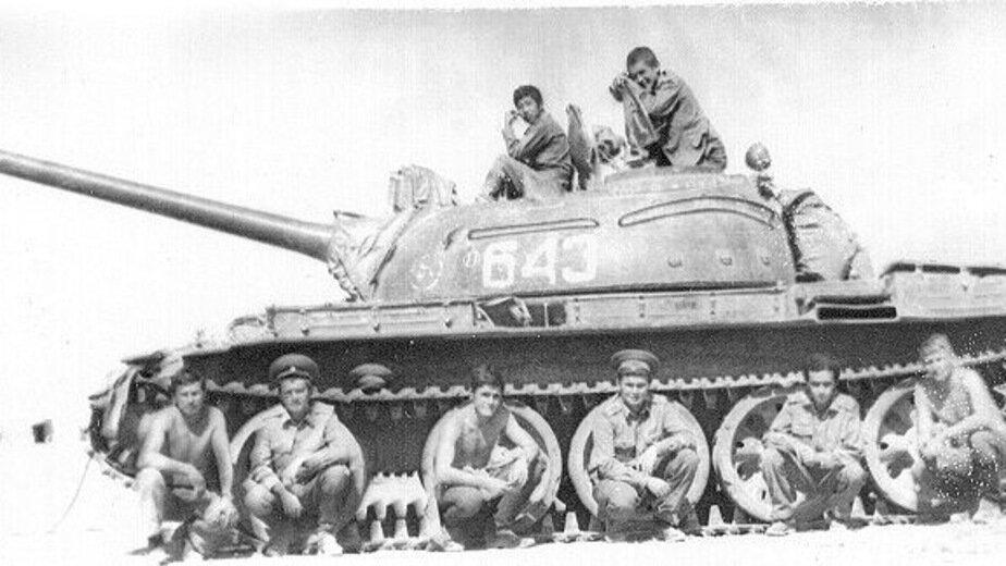 Группа советских военнослужащих в Афганистане. Публикуется впервые  | Фото: личный архив
