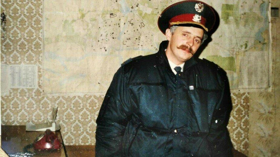 Геннадий Мялик в оперпункте на улице Монетной (ныне — Подполковника Иванникова) | Фото: личный архив