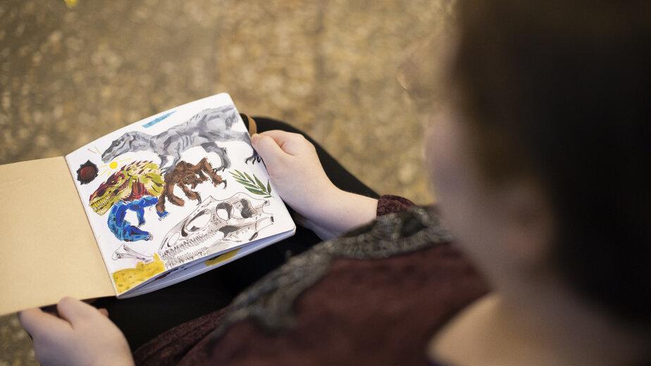 """""""Хочется за что-нибудь мысленно держаться"""": история 14-летней Алисы, которая живёт в приюте и рисует комиксы - Новости Калининграда"""