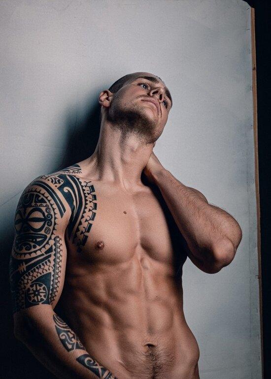 20 татуировок, которые калининградцы не стесняются показать окружающим - Новости Калининграда | Фото: Александр Сорокин