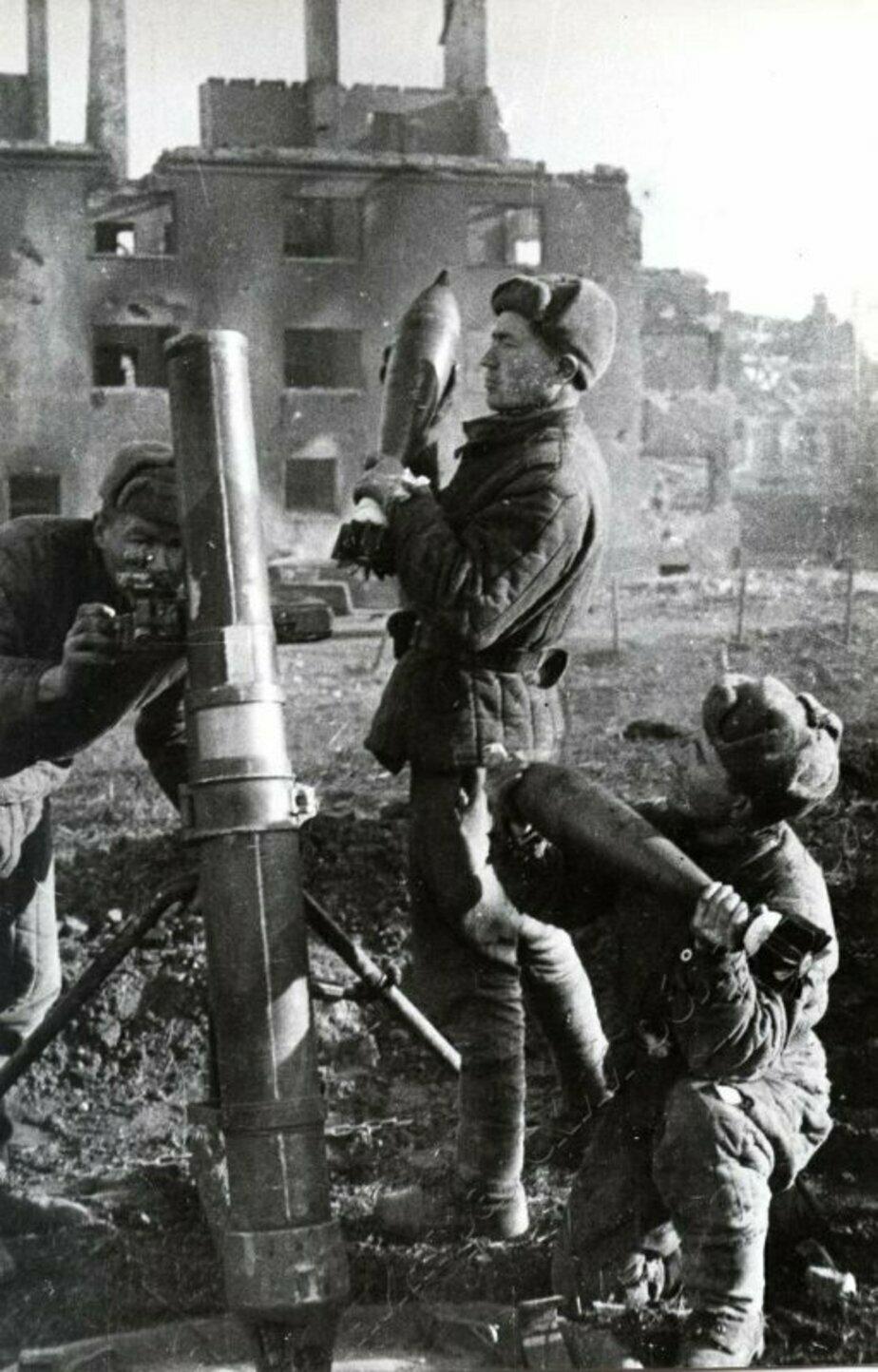 Советские миномётчики | Фото: Калининградский областной историко-художественный музей