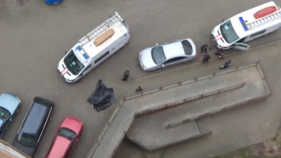 В Калининграде на ул. Киевской женщина разбилась, упав с 16 этажа - Новости Калининграда   Фото: Очевидец