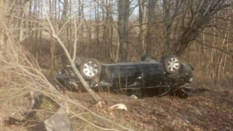 В Зеленоградском районе перевернулась легковушка, пострадал водитель (фото) - Новости Калининграда | Фото очевидца