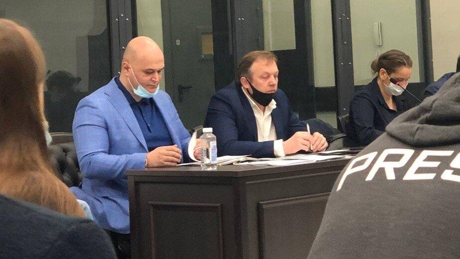 На фото адвокат Тимур Маршани (слева), Михаил Захаров (в центре), Элина Сушкевич (справа)   Фото предоставили коллеги адвоката Тимура Маршани