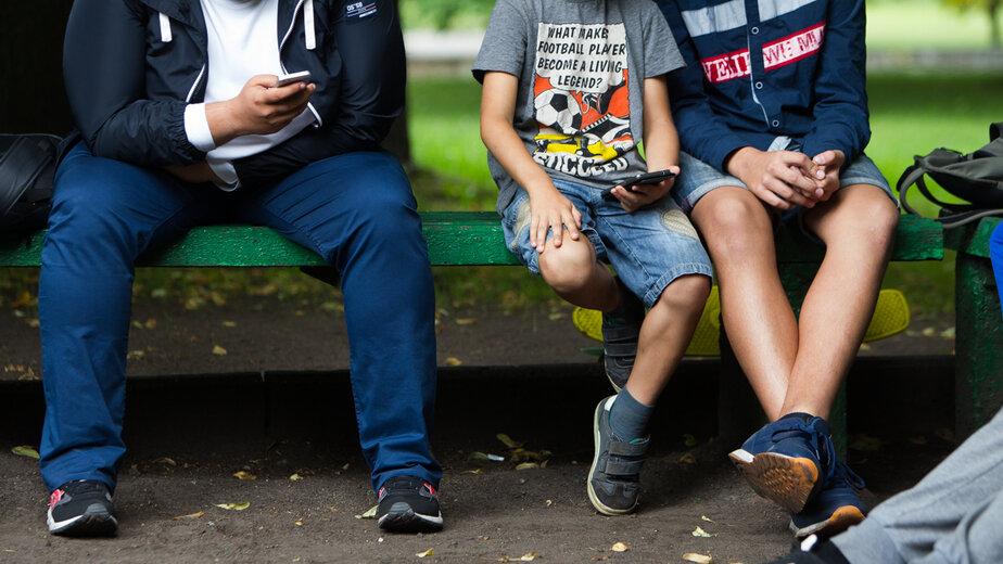 """«Одна девочка познакомилась в интернете с мужчиной»: сексолог — об ошибках родителей в общении с детьми   - Новости Калининграда   Фото: архив """"Клопс"""""""