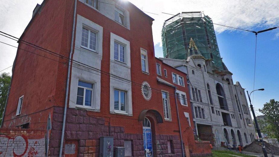 В Калининграде отремонтируют историческое здание приюта рядом с синагогой - Новости Калининграда | Изображение: фрагмент скриншота панорамы улицы / «Яндекс.Карты»